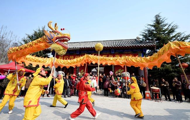 亳州:二月二 多彩民俗讨彩头