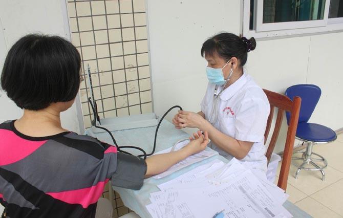 """国家卫计委主任:""""健康中国""""让全面健康助力全面小康"""